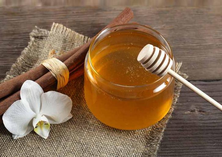 فروش عمده انواع قاشق عسل خوری