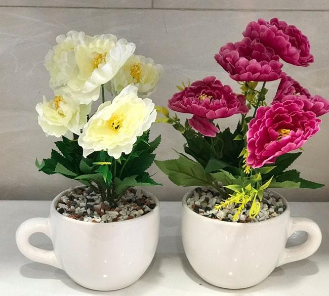 خرید عمده گلدان طرح فنجان با گل مصنوعی